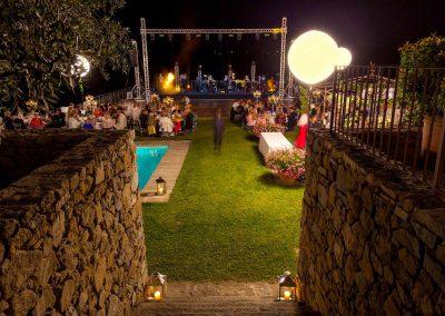 pagani weddings stage